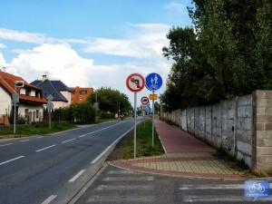 Trasa A27 podél Toužimské ulice v Letňanech
