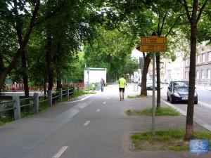 Začátek trasy A410 v ulici Sekaninova - v místě odbočení z trasy A23